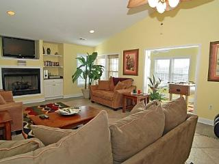 Victory Penthouse-Luxury Pet Friendly, Pool Access - Carolina Beach vacation rentals