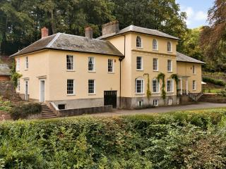 THE EAST WING, BROOMFIELD HOUSE - Glasbury-on-Wye vacation rentals