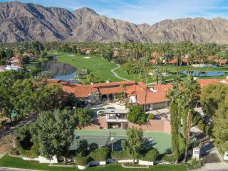 Dazzling Estate With  Private Tennis Ct, Pool, jac - La Quinta vacation rentals