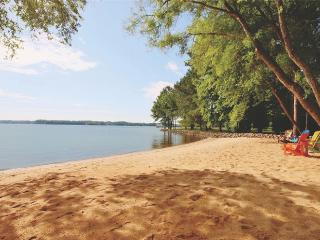 Upscale Resort - Completely Remodeled! - Mooresville vacation rentals