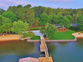 Upscale Resort - Completely Remodeled! - Lake Norman vacation rentals