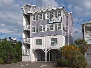 Victory's Fair Haven- POOL ACCESS & ELEVATOR - Carolina Beach vacation rentals