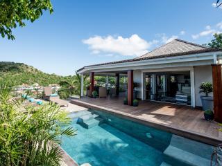 Villa Lenalee   CAR RENTAL - Anse des Flamands vacation rentals