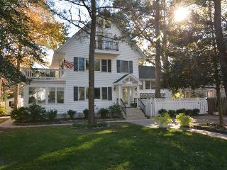 Affordable 8BR Home JUST 1.5 Blocks to the Beach! - Rehoboth Beach vacation rentals
