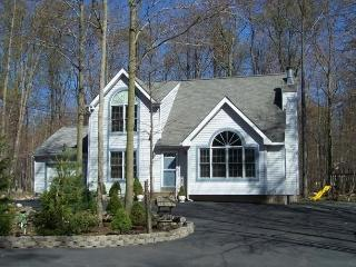 Immaculate Pocono Home Family Oriented - Thornhurst vacation rentals