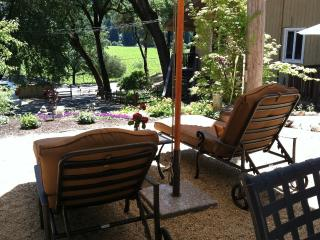 Wine Country Get Away in the Heart. - Healdsburg vacation rentals