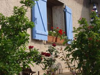 Comfortable 1 bedroom Gite in Montmaur - Montmaur vacation rentals