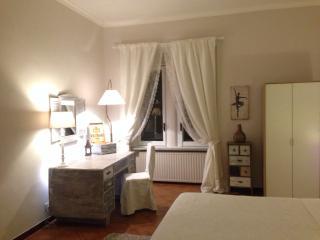 Spacious & Chic Vatican Apartment NEW! - Vatican City vacation rentals