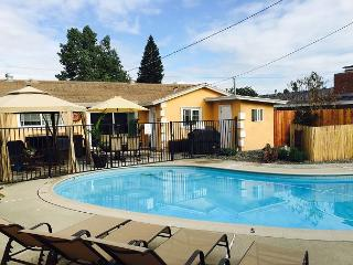 Disney House 5 Mins. from Park – Pool & Hot Tub! - Anaheim vacation rentals