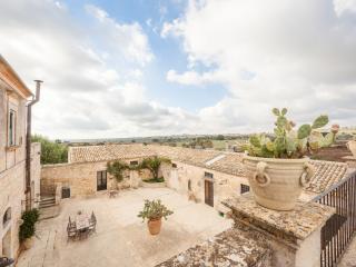 Villa Carcara - Ragusa vacation rentals