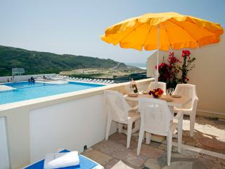 2-Bedroom Apartment Seaside in Sintra - Colares vacation rentals