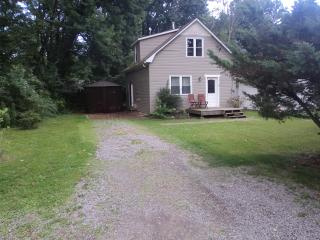 Wildwood Cottage -Nature Lovers Retreat - Crystal Beach vacation rentals