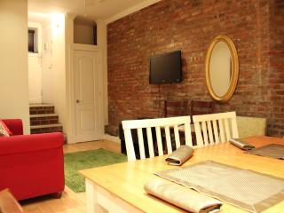 Beautiful Large 3BR Apartment near Gramercy - New York City vacation rentals