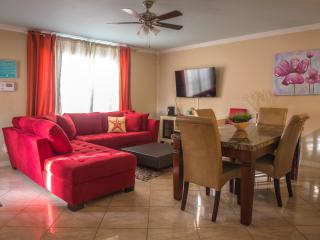New beautiful modern 3BR/3BA townhouse in Destin - Miramar Beach vacation rentals