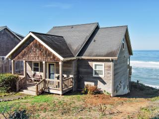 The Diamond K~ Ocean Front - Depoe Bay vacation rentals