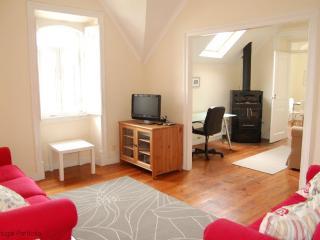 Spacious - Home Rental in Estoril - Estoril vacation rentals