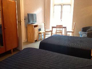 Appartement Cauterets Centre, proche télécabine - Cauterets vacation rentals