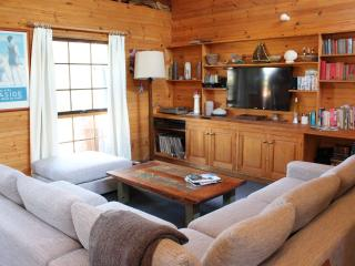 Nice House with DVD Player and Microwave - Jan Juc vacation rentals