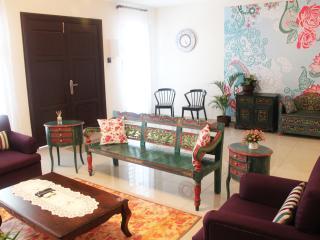 The Bliss Malacca Baba Nyonya House - Melaka vacation rentals
