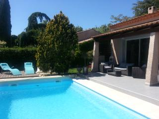 Nice Villa with Internet Access and DVD Player - Grans vacation rentals