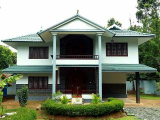 JUNGLE CASTLE HOME STAY, KALPETTA, WAYANAD, KERALA - Kattikkulam vacation rentals