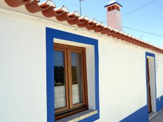 NEW - Charm Property. Near the Odeceixe Windmill with Stunning Views - Odeceixe vacation rentals