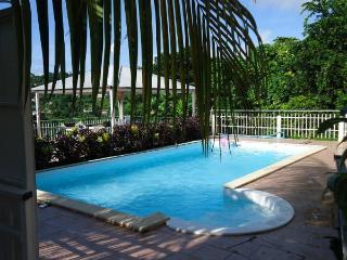"""L'appartement """"Tropicale"""" / Villa Art & Nature - Sainte-Luce vacation rentals"""