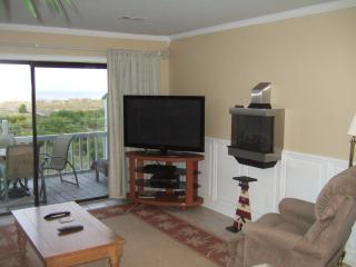 Direct Ocean Front, 55 Inch Plasma, Fireplace - Harbor Island vacation rentals