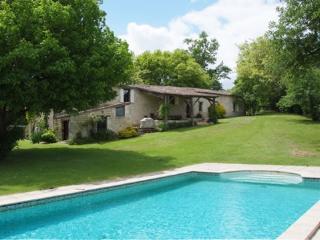 Beautiful restored farmhouse on the Dordogne - Pessac-sur-Dordogne vacation rentals