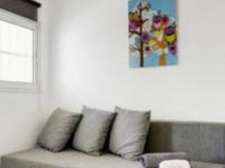 "HA-CARMEL MARKET APARTMENT NO""13 STUDIO - Tel Aviv vacation rentals"