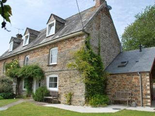4 bedroom House with Internet Access in Saint Mawgan - Saint Mawgan vacation rentals