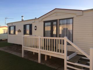 Nice Caravan/mobile home with Television and DVD Player - Mablethorpe vacation rentals