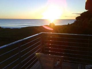 Bright 4 bedroom House in Culburra Beach - Culburra Beach vacation rentals