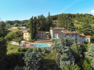 Big Casa Toscana in Holiday farm with swimming pool (Agriturismo Corboli) - Vernio vacation rentals