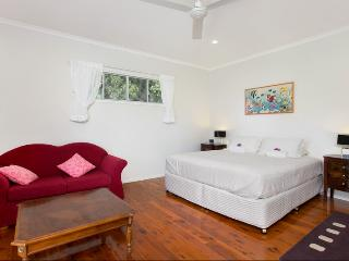 Jungara Cairns Bed and Breakfast Frangipani Room - Redlynch vacation rentals