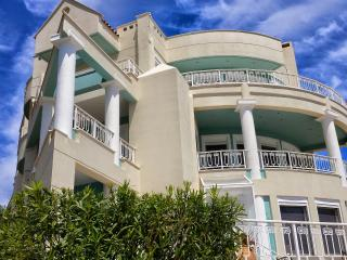 Upscale Athens vacation villa by the sea, EOT - Marathon vacation rentals