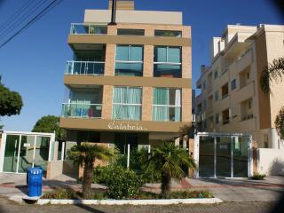 Apt 01 Bedrooms , Canasvieiras Beach , sleeps 04 - Canasvieiras vacation rentals