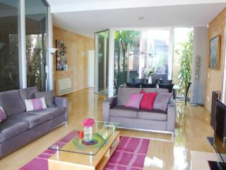 2 bedroom Townhouse with Television in Adelaide - Adelaide vacation rentals