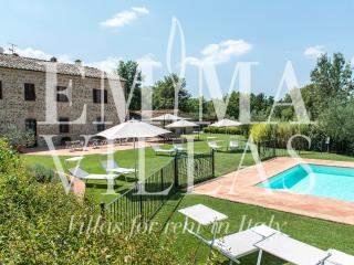 Nice Villa with Deck and Internet Access - Montalcinello vacation rentals