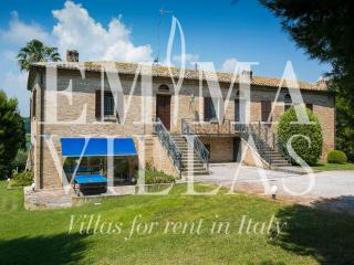 Charming 4 bedroom Villa in Potenza Picena - Potenza Picena vacation rentals