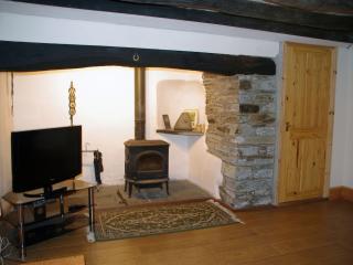 Pentwd Uchaf Holiday Farmhouse - Cardigan vacation rentals