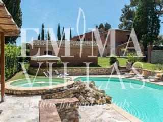 Comfortable 6 bedroom Villa in Guazzino - Guazzino vacation rentals