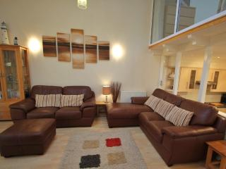 75a GoldenBayHoliday Village Deluxe SeaFrontHouse - Westward Ho vacation rentals