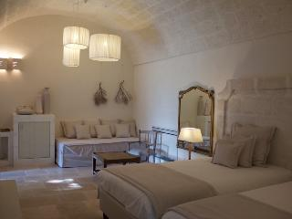 Masseria San Francesco Loft - Savelletri vacation rentals
