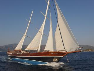 Gorgeous Yacht with Boat Available and Television in Dubrovnik - Dubrovnik vacation rentals