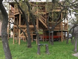 Lake Travis waterfront with dock - Spicewood vacation rentals