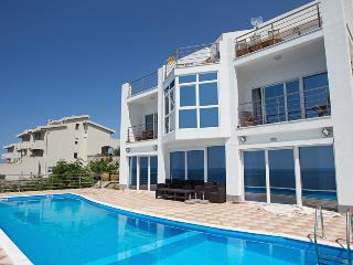 Perfect 7 bedroom Villa in Dobra Voda - Dobra Voda vacation rentals