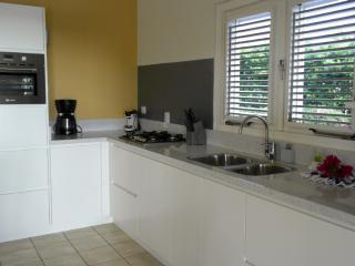 Casa Sol I Laman 1035 - Willibrordus vacation rentals