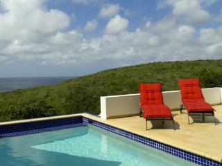 Villa La Joya 623 - Willibrordus vacation rentals