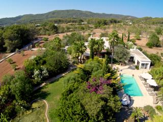 Stunning 6 bedroom (4 bathroom) villa with pool - Santa Eulalia del Rio vacation rentals